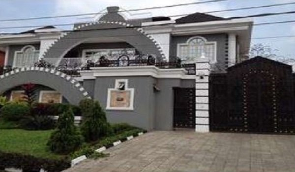 PSquare Puts Their House Up For sale