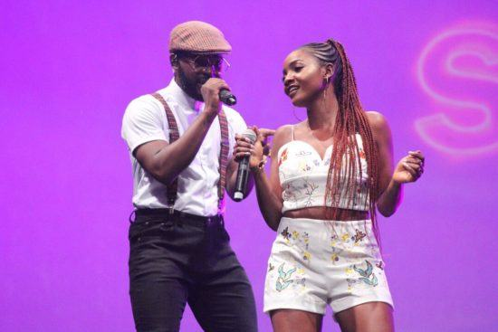 Falz and Simi Reignite their Chemistry On Stage At The Falz Experience