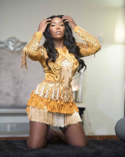Tiwa Savage Shares Sultry View Of Her Outfit To Wizkid's Concert