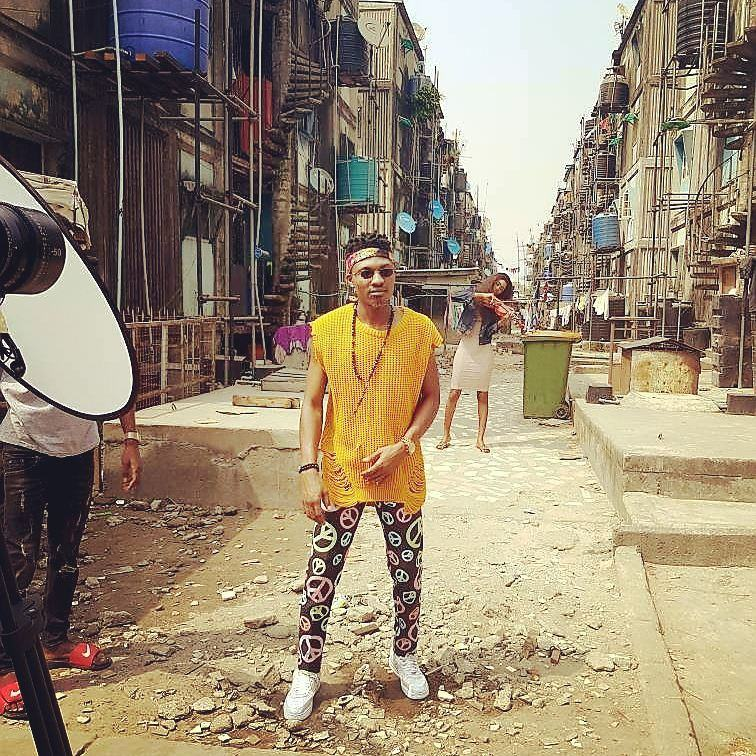 Behind The Scene Photos As Efe & Olamide Shoot Video For Warri