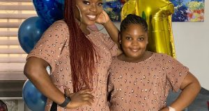 Bisola Aiyeola and her daughter